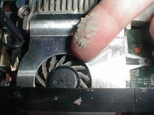 Notebook Fan Problemi emresupcin 300x225 - HP Notebook - Başlangıçta Sistem Fanı (90b) Hata Mesajı?