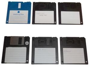 dsc01687ao 300x225 - Floppy Disk Nedir? Yapısı Nasıldır?