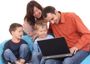 7Subat Guvenli internet emresupcin 300x214 - İnternet Ne Kadar Güvenlidir?